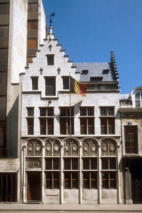 Museum Mayer van den Bergh 1-2
