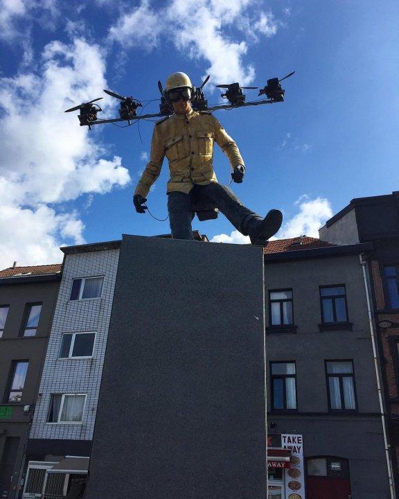 Panamarenko, Sint-jansplein, Antwerp
