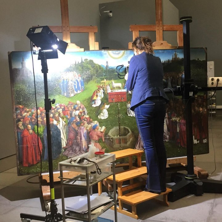 Experience the restoration of The Lamb of God in the Royal Museum of Fine Arts